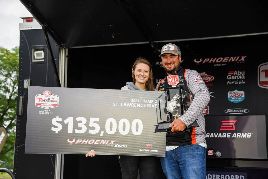 Cody Pike Wins Tackle Warehouse Pro Circuit event on St Lawrence River